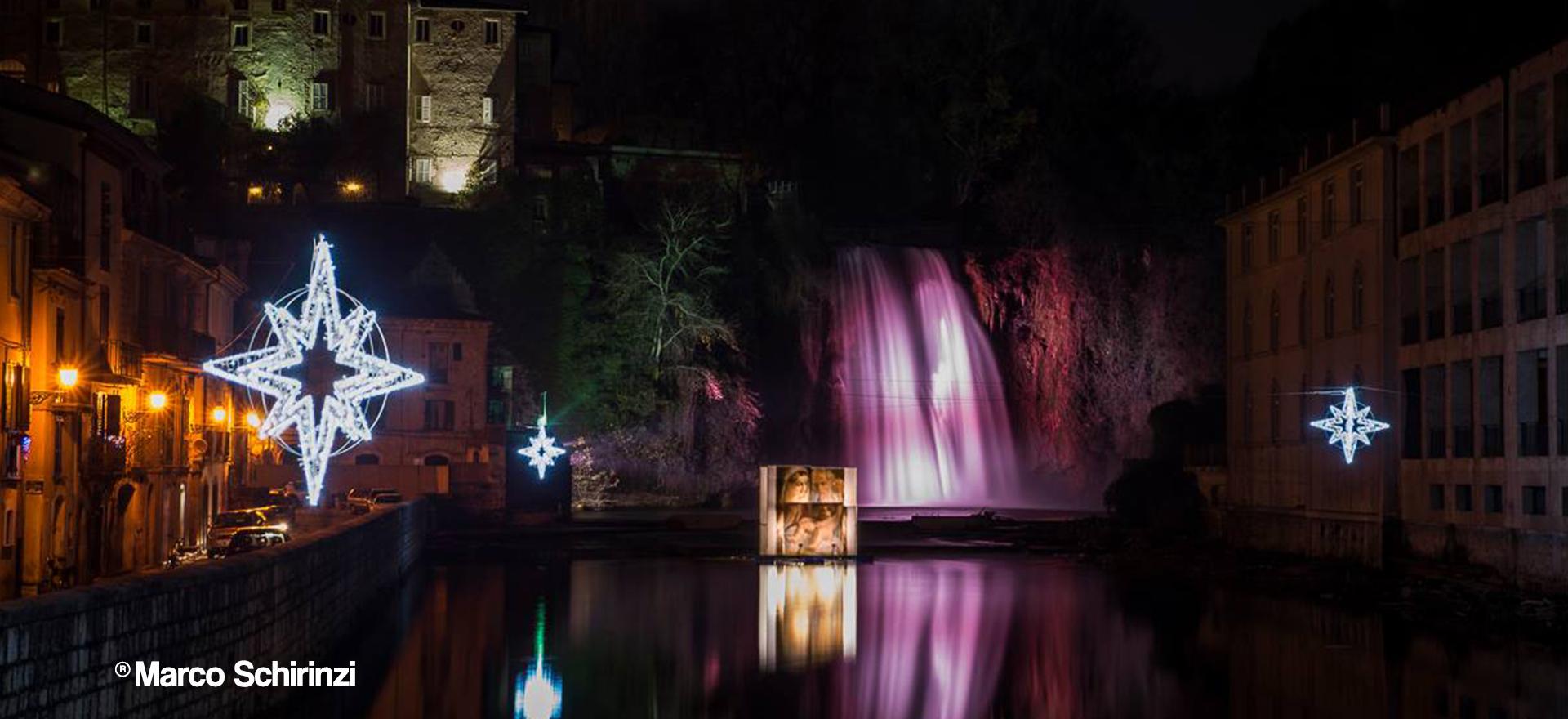 San-Lorenzo-Martire-®-15_12-24-Natività-sotto-la-cascata-Marco-Schirinzi-Slide