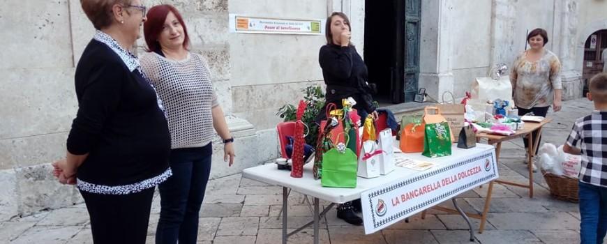 2017 10 22 - San Lorenzo Parrocchia - Mercatino per la giornata missionaria - 001